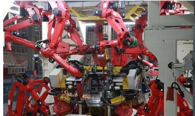 焊接机器人如何提高生产效率?